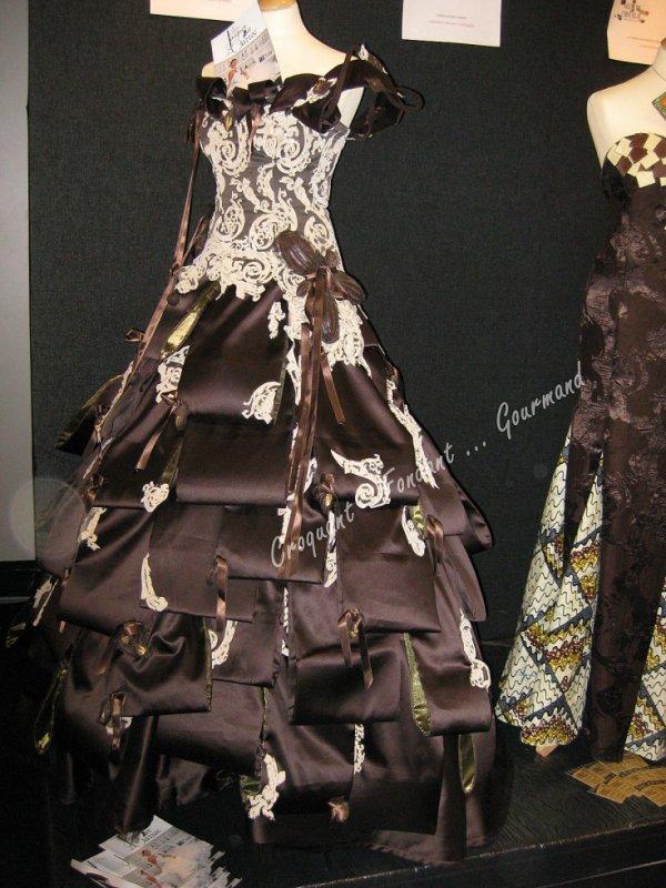 robe avec des noix de chocolat