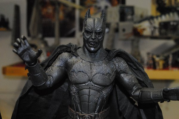 Hot Toys Batman Démon