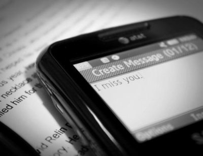 Envoyer des sms a celui/celle qu'on aime..♥
