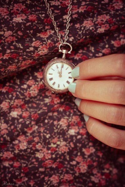 """""""Aimer n'est pas une perte de temps.."""""""