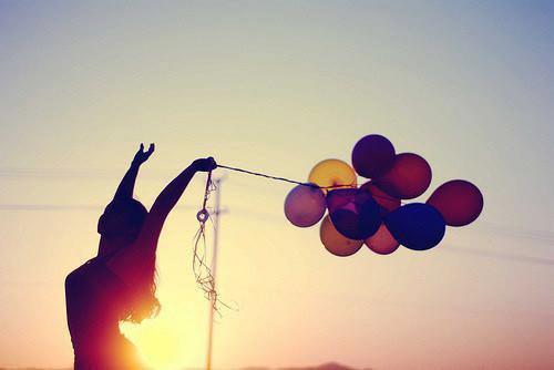 """""""La vie ne vaut rien mais rien ne vaut la vie."""" -Inconnu-"""