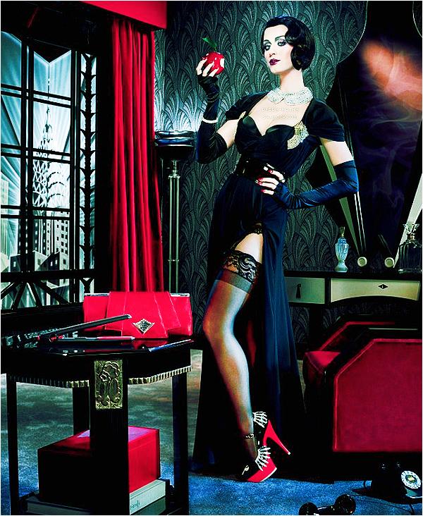 Découvrez plusieurs photos de Katy issues de la campagne pour produits capillaires GHD. .