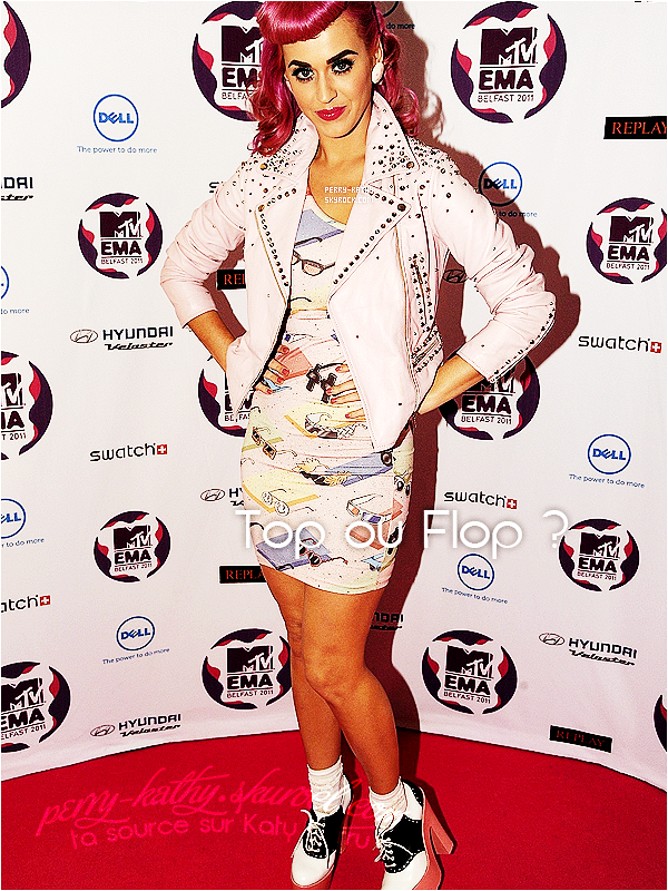 6/11/11 : Katy Perry était présente aux MTV EMA 2011 à Belfast en Irlande. Elle y a gagné le prix du meilleur live.Katy Perry faisait honneur à son prochain clip «TOTGA» en portant une tenue à l'éfigie de ses jeunes années. TOP/FLOP ?