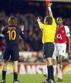 maillot porté par TOTTI avec la Roma (2002/2003) en match amical (vraiment porté et pas seulement préparé!!!)