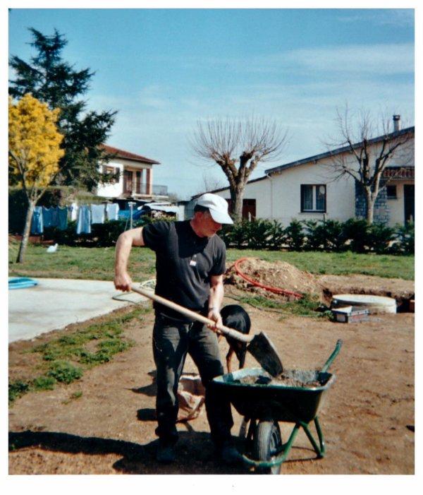 henri en plein travail mars 2001