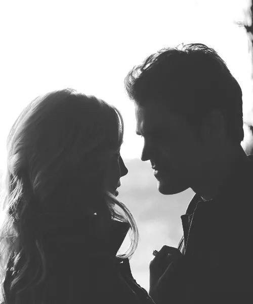"""""""Je t'aime plus qu'il est humainement possible."""""""