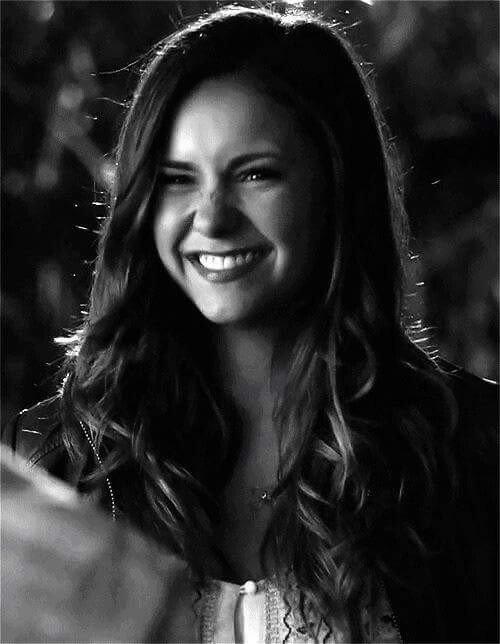 """""""Tu peux laisser ton sourire changer les gens, mais ne laisse pas les gens changer ton sourire."""