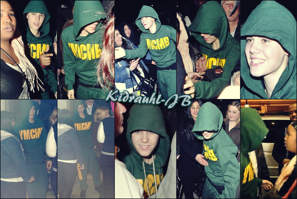 • 14.03.11 | Justin aperçu devant son hôtel avec ses fans à Londres •