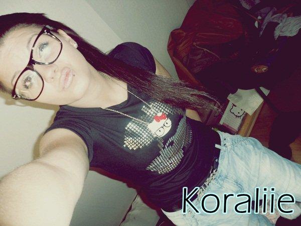 """■■■Koraliie?! ♥ """"Ne m'oublie pas...pas toi Si ça s'y prête pas dans l'immédiat """" ♥ Koraliie?!"""