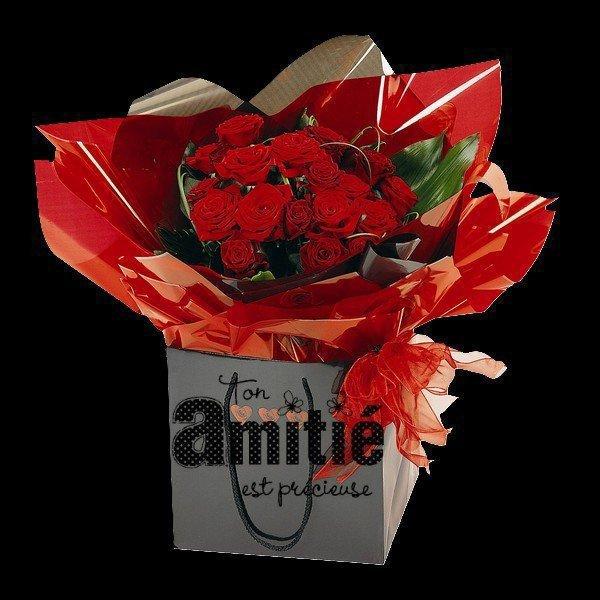 Bonsoir  C'est avec toute ma tendresse et mon amitié,(l)?(l) Que je fais un petit arrêt chez toi,(l)?(l) Pour te souhaiter une agréable soirée,(l)?(l) et une très bonne nuit(l)?(l) Je t'envoie un panier de roses,(l)?(l) Pour que celle ci soit douce,(l)?(l) gros Bisous