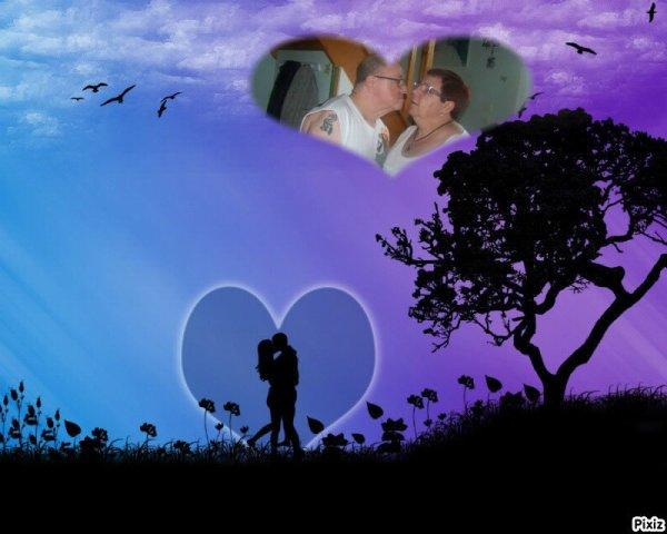 Bonjour!!!!  .♪♪(♥) je te souhaite une très belle journée ♪(♥ ..♪♪(♥) Il faut peu de chose pour être joyeux .♪♪(♥) ...♪♪(♥).♪♪(♥) pour rendre quelqu'un heureux .♪♪(♥) ....♪♪(♥) le salut d'un (e)ami(e), un bisou .♪♪(♥).♪♪(♥) .....♪♪(♥) de la tendresse,de l'amitié, c est tout .♪♪(♥) ......♪♪(♥) la vie peut être super en couleurs .♪♪(♥) .......♪♪(♥)un peu de chaleur dans chaque coeur .♪♪(♥) ........♪♪(♥) un monde plein de douceur .♪♪(♥) .........♪♪(♥).pour apporter du bonheur .♪♪(♥) ...........♪♪(♥) . Un oiseau s'est envolé, .♪♪(♥) ............♪♪(♥) Chez toi s'y est posé .♪♪(♥) .............♪♪(♥). pour t'apporter .♪♪(♥) ..............♪♪(♥). Un peu d'amitié .♪♪(♥) ................♪♪(♥) . .♪♪(♥) bisous
