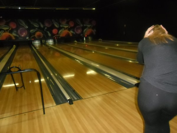 bonsoir je passe pour vous mettrent les photos hier soir au bowling au BMB a Amiens ont n'était en famille et ont n'a bien manger et surtout bien rigoler
