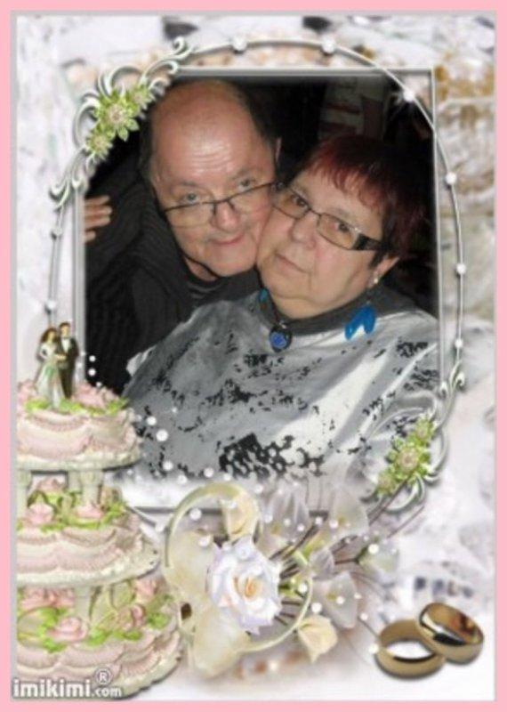 bonjour mon amie Madelon2008 pour ces sublimes cadeaux j'ai adoré les cadeaux je viens te souhaité une très bonne journée et je te fait des gros gros gros bisous