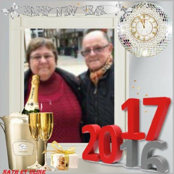 bonsoir mon amie ULINE1 merci pour ce magnifique cadeau de la nouvelle année 2017 je te remerci beaucoup moi je t'envoi mes meilleurs voeux de la nouvelle année et tout plein de bonne chose surtout la santé je t'envoi tout plein de gros bisous