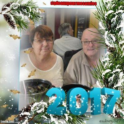 bonsoir mon amie cadeauxpourmesamies pour ce sublime cadeau de nouvel ans 2017 moi je te souhaite mes meilleurs voeux bonheur joie amour et surtout la santé chez nous il a plue toute la journée je te souhaite une très bonne soirée et je t'envoi des gros gros bisous