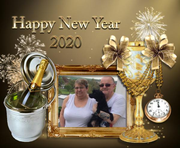 bonsoir mon amie CiscoO-bbey merci pour ce merveilleux cadeaux de la nouvel Année 2020 qui ma trop fait plaisir je te souhaite une bonne et douce soirée et je t'envoi tout plein de gros bisous