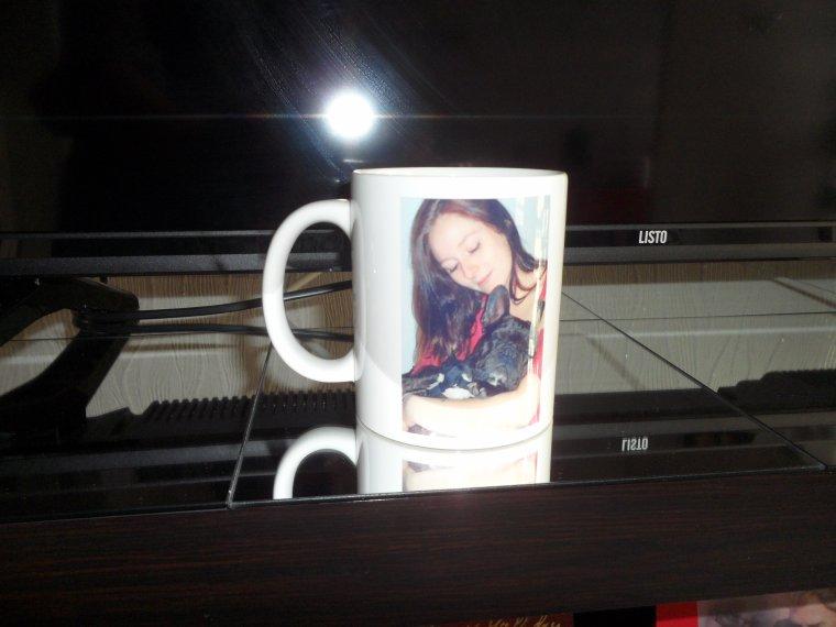 J ' ai fait faire une tasse à ma fille avec son toutou