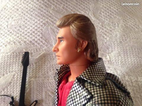 Trop contente , j ' ai trouvé ma poupée à un prix raisonnable , je vais la recevoir bientot....