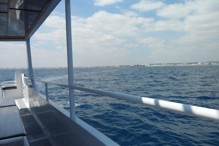 Sortie en pleine mer génial avec vu sous marine par des hublots