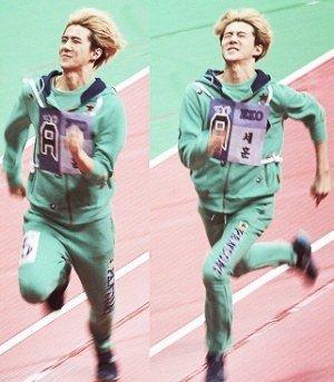 EXO s'amuse!!!
