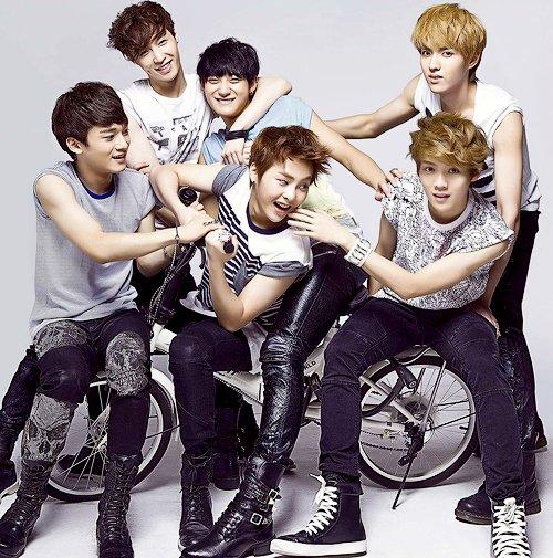 EXO-M (엑소엠)
