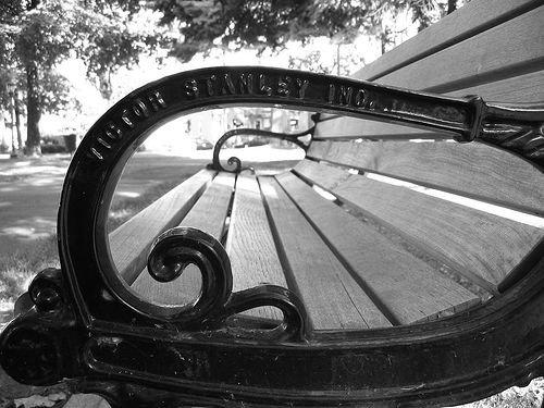 Assis sur un banc... Part 17