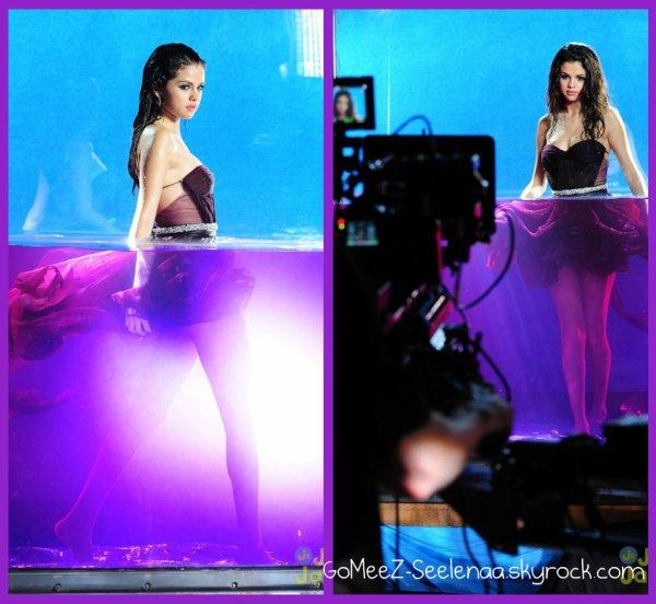 Selena !!