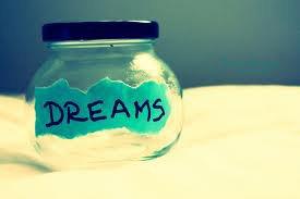On a tous un rêve, et le mien, c'est d'être le tien. <3