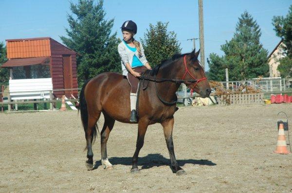 """"""" Monter à cheval donne un goût de liberté. """""""