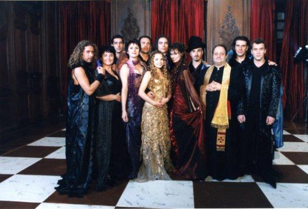 la troupe de romeo et juliette 2001