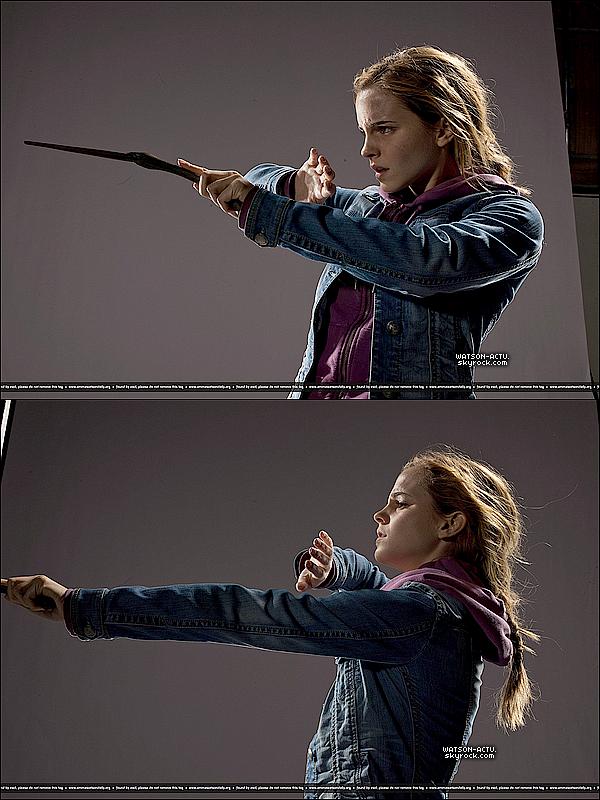 . » Photoshoot Harry Potter + Nouvelles photos de 'The Perks' + Candid. «  ♥ Crédit des sources utilisées: EmmaWatsonFrance.net + EmmaWatsonDaily.org  ♥ .