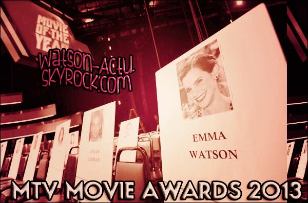 . » Ce soir, se déroulera les MTV Movie Awards ! Emma sera au rendez-vous ! «  .