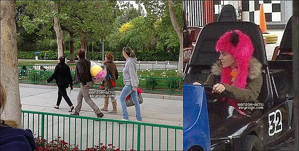 . » Emma au Parc d'attraction Six Flags + Nouveaux Extraits de Photoshoot «  ♥ Crédit des sources utilisées: EmmaWatsonFan.net + EmmaWatsonBelgium.blogspot.be ♥ .