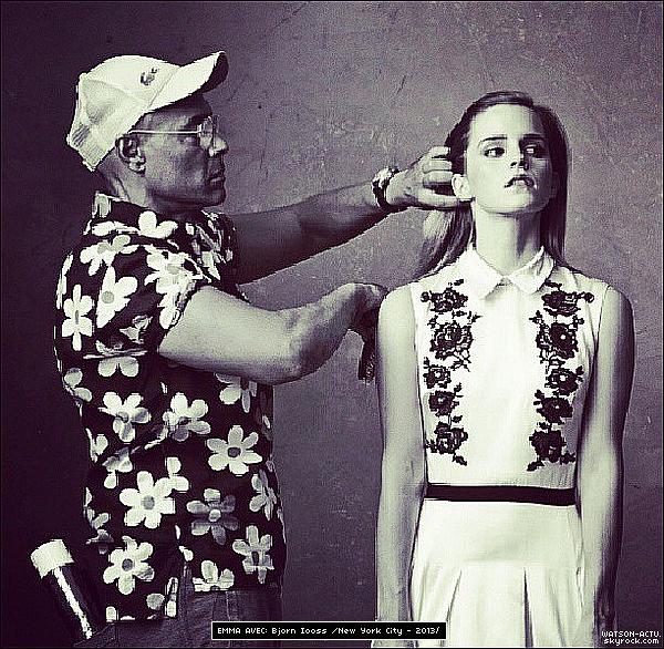 . » Nouveau shoot + Emma à la première New-Yorkaise de ' Gravity ' ! « ♥ Crédit sources utilisées: EmmaWatsonFan.net & EmmaWatsonDaily.org ♥ .
