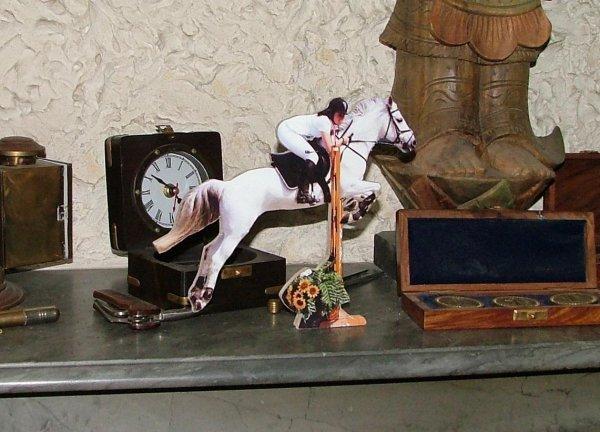 Figurine sur bois
