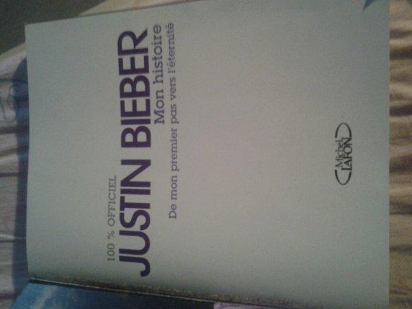 Justin Bieber son livre Mon histoire De mon premier pas vers l'éternité