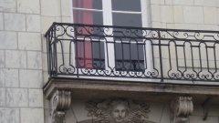Des balustrades coquines à Nantes
