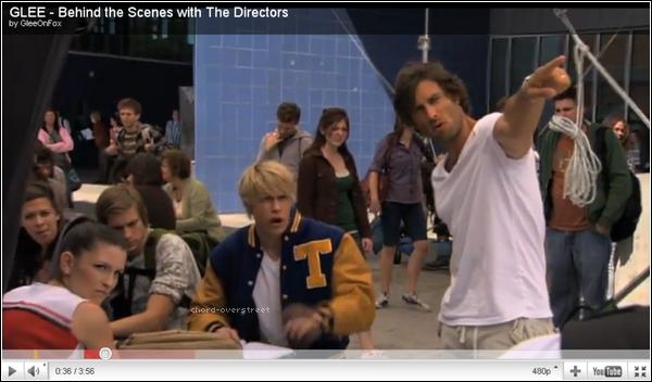♦ Glee : 3 vidéos de Glee pour en savoir plus sur les réalisateur, costumes et chorégraphie !  Clique sur les images pour voir les vidéos.