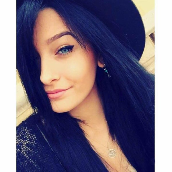 Perfect gril Paris ♥