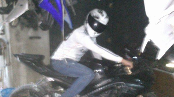moi avec ma moto zuzuki