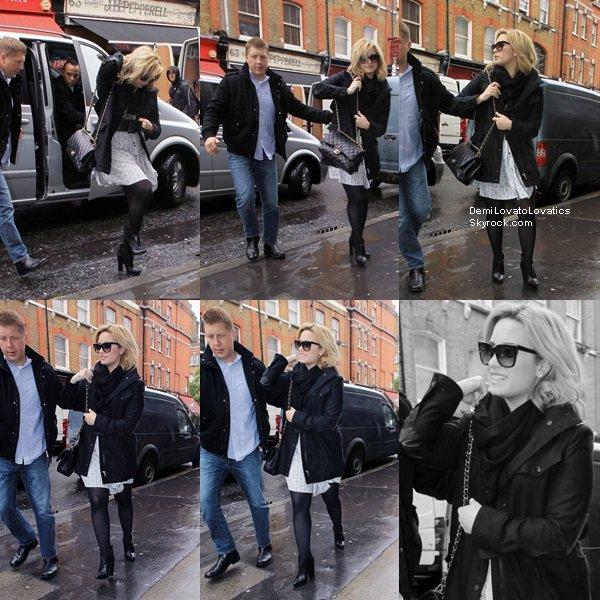 28/05/2013 : Demi à été aperçue dans les rues de Londres