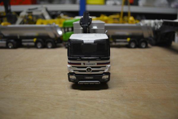 "Mercedes Benz 8x4 ""Cardem"""