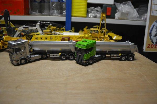 """Scania R580 V8 """"chrome et vert"""" + deux bennes rond tp Meiller à 2 essieux"""