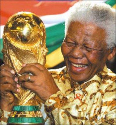 Qui est Nelson Mandela?