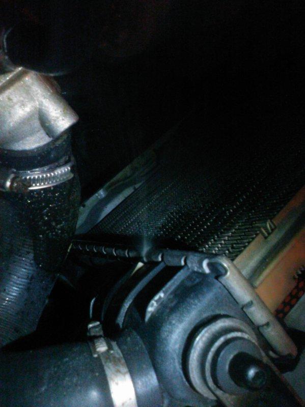 fuite au radiateur moteur lordaustin55 restauration kadett gsi. Black Bedroom Furniture Sets. Home Design Ideas