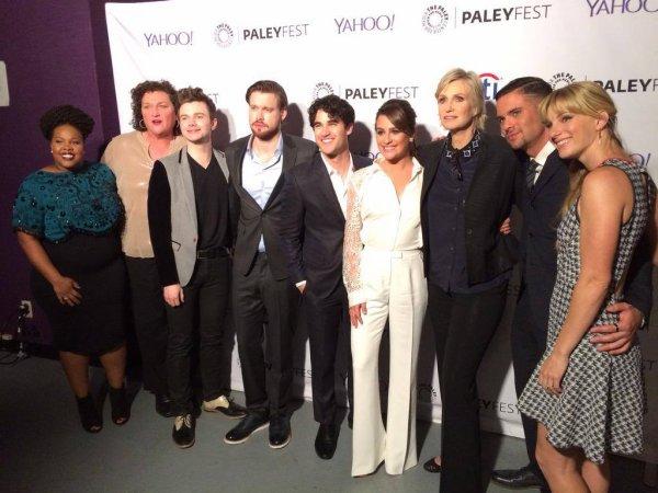 Le Cast réuni sur Red Carpet du Paley Fest hier