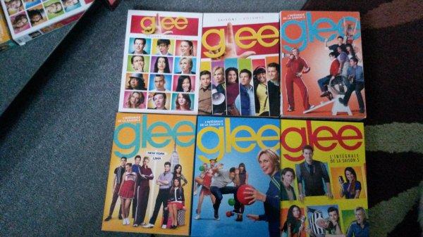 voila la saison 5 de Glee est sorti en DVD