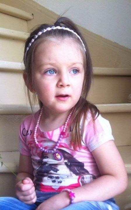 Le 5 novembre 2009 à 19h20... Alyssa Elena vient au monde...