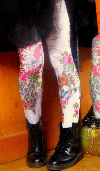 Leggings.