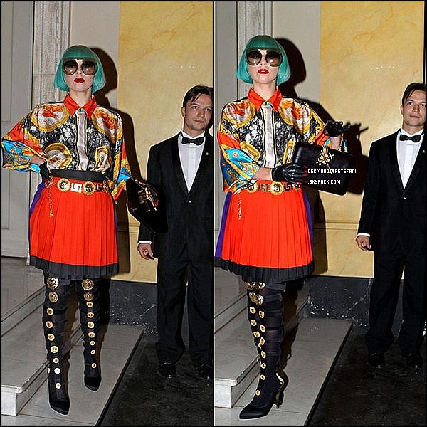 . 11/06/11 :   Stefani Germanotta en arrivant devant son hotel à Rome en Italie. TOP?    .